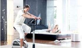 Домашний спортзал в спальне