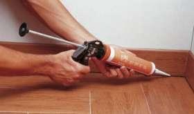 Как заделать швы между плитками герметиком