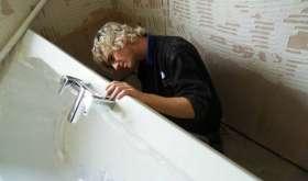 Акриловая ванна: ремонт своими руками