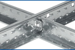 Углы между основным и дополнительным профилем у кассетных потолков должны составлять ровно 90 градусов