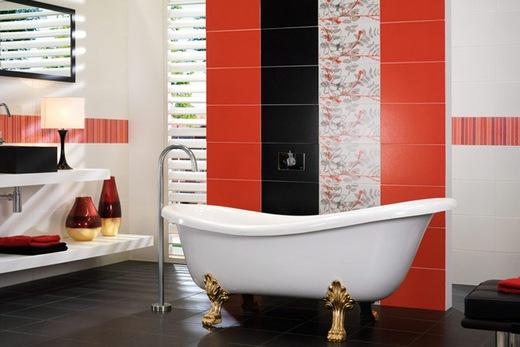 Ванная, выложенная красной плиткой