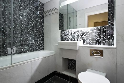 Вторая идея зонирования ванной комнаты с помощью цвета