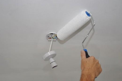Маскировка царапин после установки светильника
