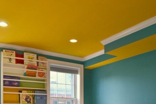 Желтый потолок - теплый потолок