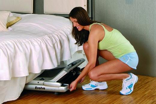 Складные тренажёры удобны в маленьких спальнях