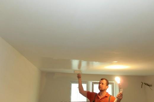 Дополнительное освещение при покраске гипсокартонного потолка