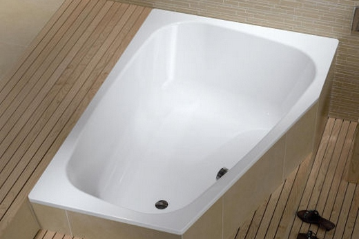 Эмалированная угловая металлическая ванна