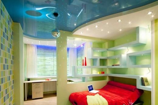 Потолок из гипсокартона как инструмент зонирования спальни