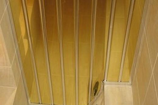 Реечный потолок для ванной комнаты Албес золотой