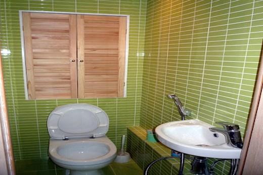 Дизайн небольшого туалета после ремонта