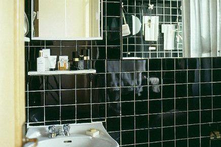 фото 34 зеркала в черной ванной 4