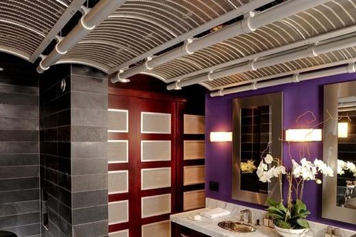 Световое решение ванной комнаты в японском стиле