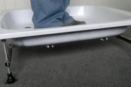 Проверка прочности стального эмалированного поддона