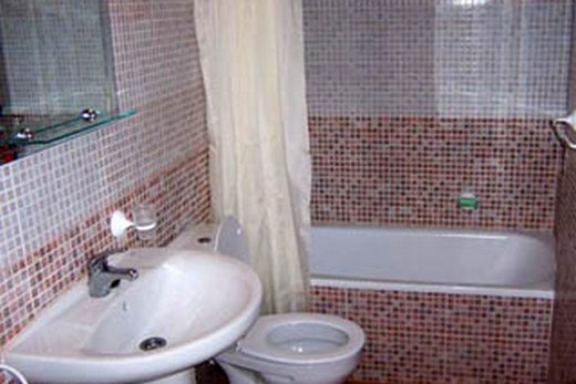Ванная, совмещенная с туалетом, после ремонта