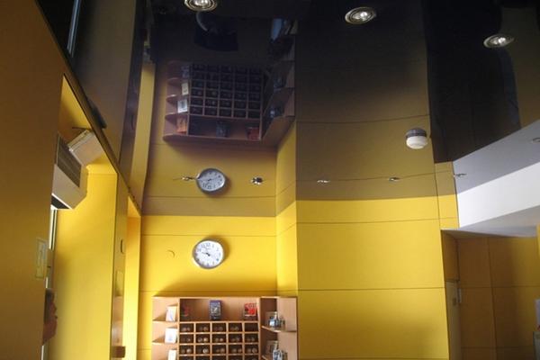 Натяжной потолок Lackfolie