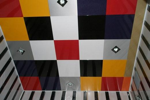 Французский алюминиевый кассетный потолок в ванной комнате