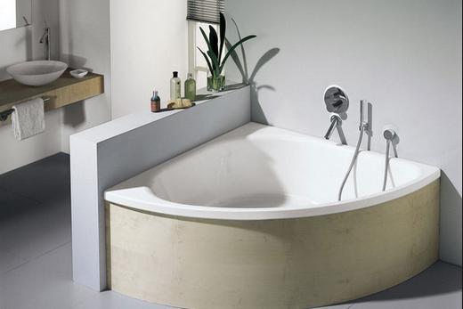 Там, где тонко, там и тёмно, это касается и углов акриловых ванн