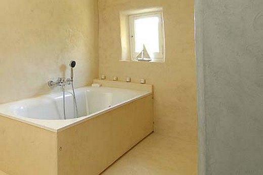 Облицовка ванной комнаты штукатуркой
