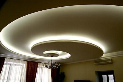 Для иллюминации натяжного потолка надо использовать лампы холодного свечения