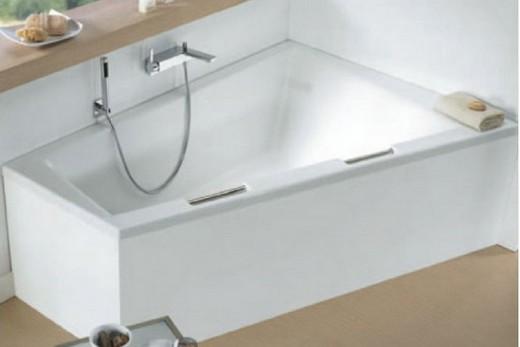 Акриловая ванна производства чешской фирмы Riho Delta