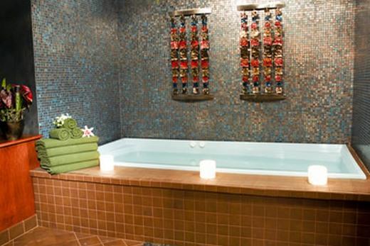 Отгороженная ванна