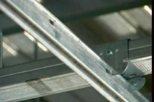Устройство каркаса армстронговского алюминиевого потолка