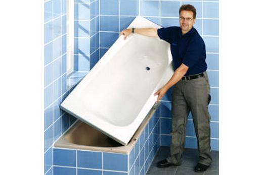 Монтаж акриловой вставки в ванну