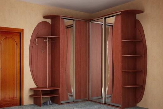 Шкаф с вешалками для прихожей