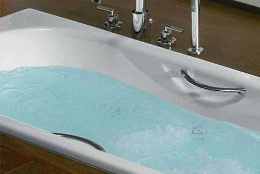 Чугунная ванна Roca Malibu 170х75 с противоскользящим покрытием дна
