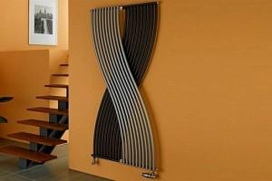 Оригинальный радиатор из чугуна необычной формы