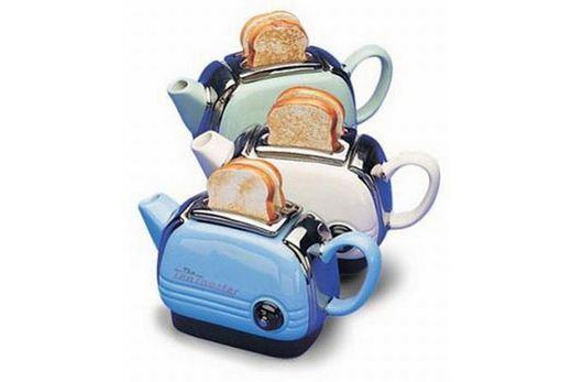 Тостер, оформленный в виде чайника для заварки чая