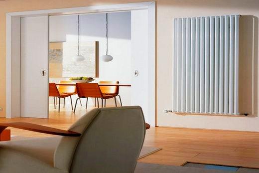 Интерьер гостиной с Керми радиатором
