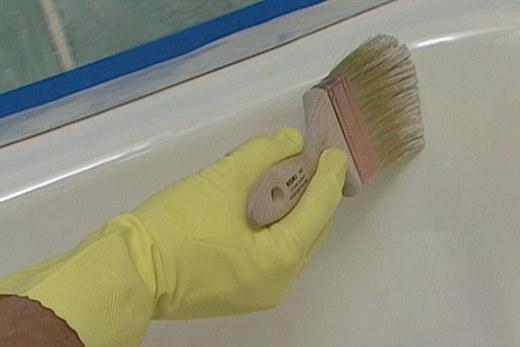 Нанесение эмалевого покрытия на поверхность ванны
