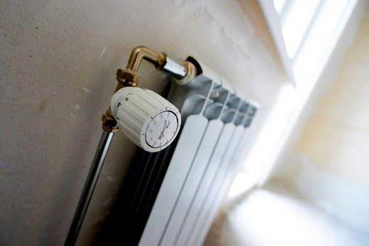 Интерьер квартиры с радиатором биметалл Oasis 500