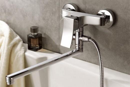 Смеситель для ванной с длинным изливом? ajnj