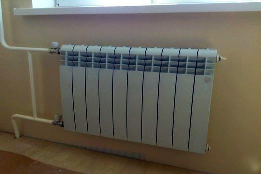 Биметаллическому радиатору бренда Oasis много пространства не нужно
