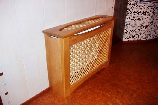 Деревянный приставной короб, чтобы ограждать радиатор