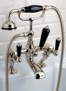 Отечественный смеситель для ванной комнаты
