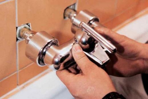 Установка наружного механизма встроенного смесителя, фото