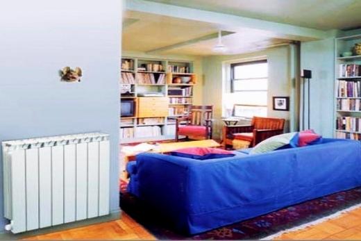 Интерьер гостиной с радиатором биметалл марки Global
