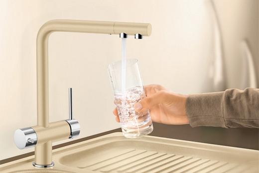 Кухонный кран с двумя изливами, фото