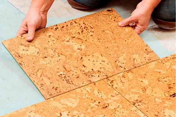 Монтаж пробкового напольного покрытия
