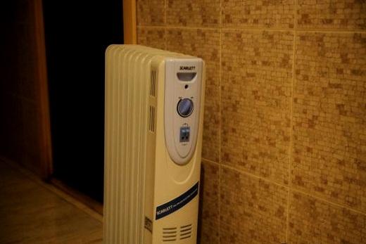 Scarlett радиатор масляного типа в коридоре