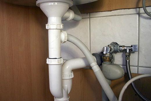 Подключение посудомоечной машины к воде, фото