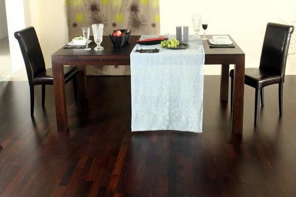 Полы венге в интерьере столовой комнаты