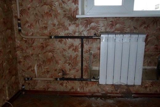 Интерьер помещения с радиатором марки Rifar Monolit 500