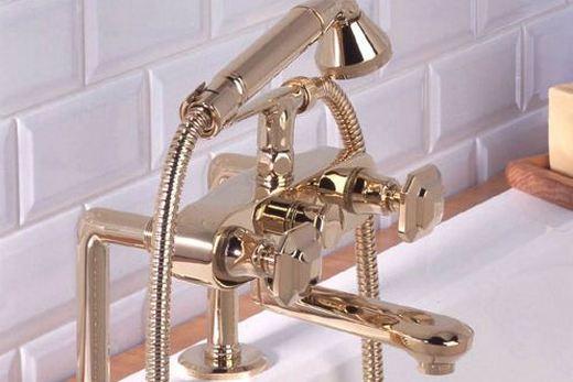 Смеситель для умывальника с душем, фото