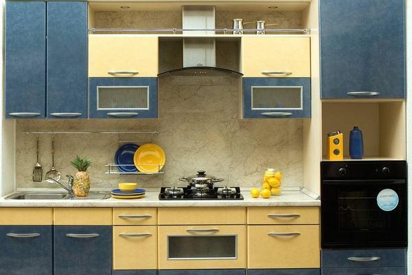 Вытяжка в стиле high-tech на кухне