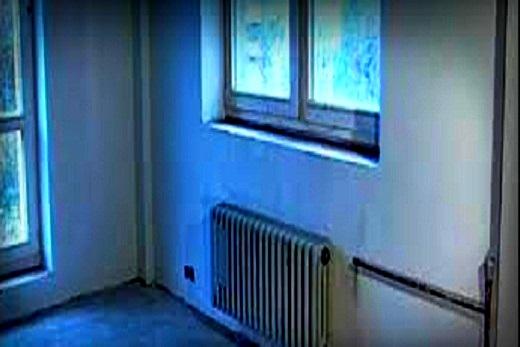 В комнате углового типа радиатор должен быть всегда мощнее!
