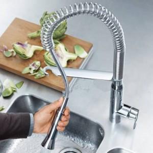 Смеситель Grohe для кухни с изливом-душиком